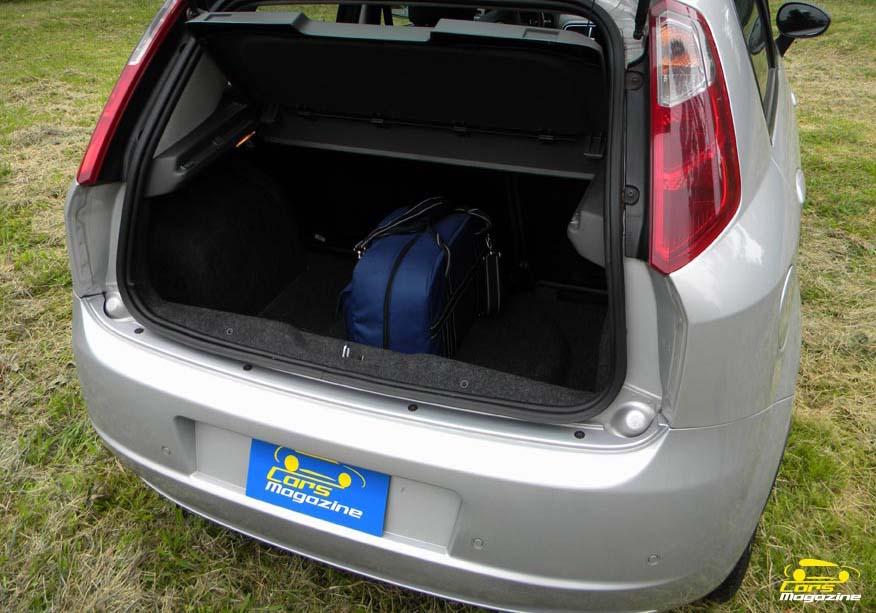 Fiat punto 1 3 jtd multijet for Capacidad baul fiat punto