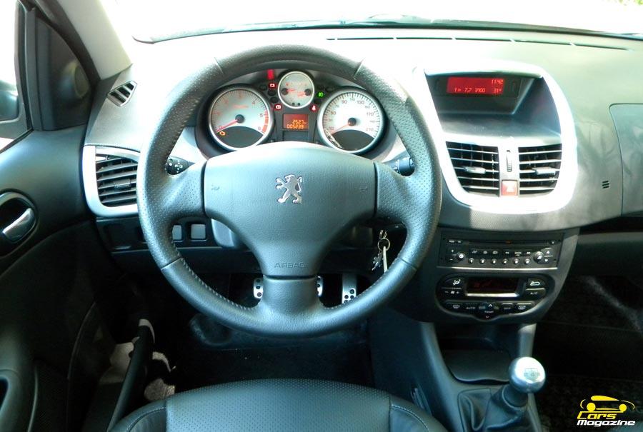 peugeot-207-compact-sedan-6