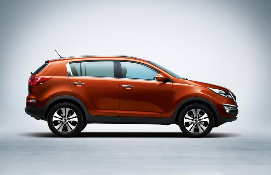 kia-sportage-europe-side