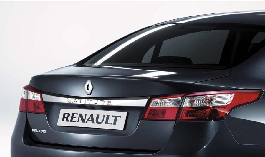 renault-latitude-3