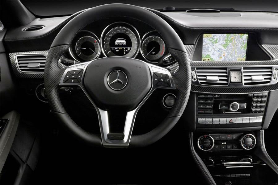 Mercedes-Benz-CLS-2012-3