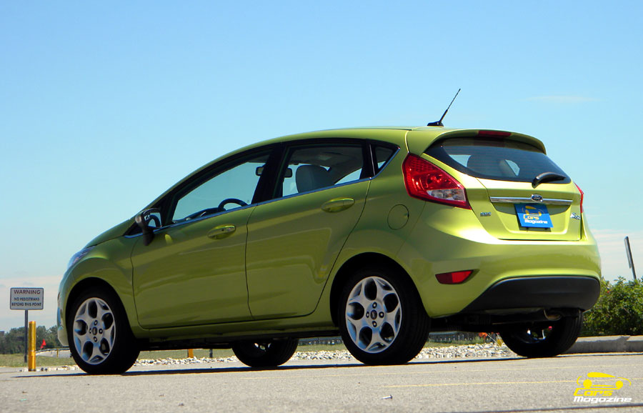 ford-fiesta-kinetic-design-2