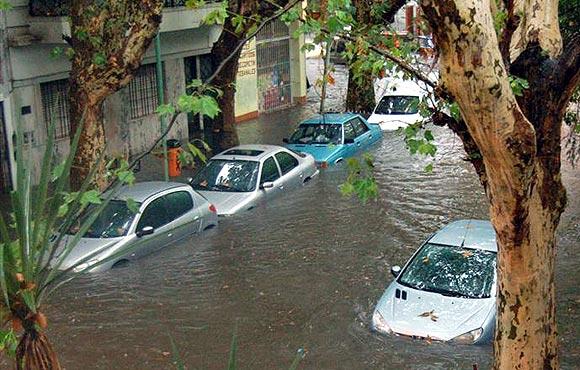 autos inundados