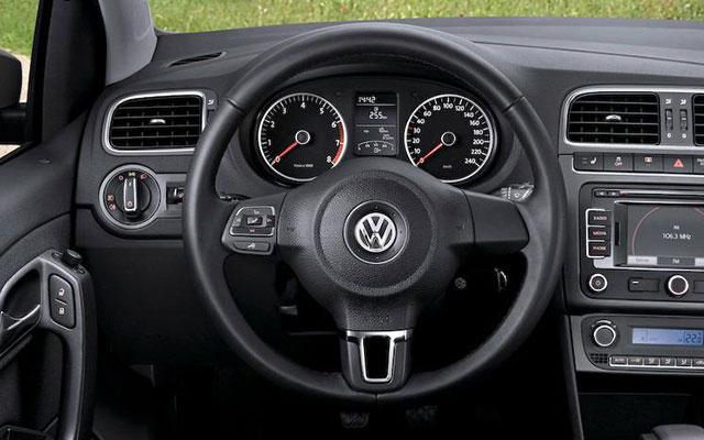 vw-polo-sedan-3