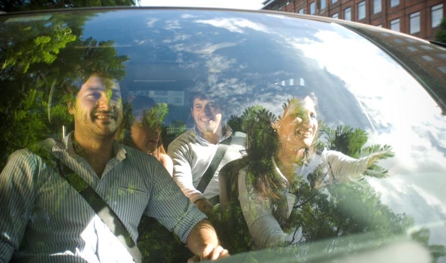 mercedes-carpooling