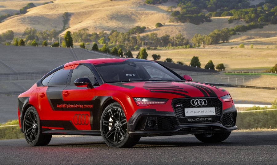 audi-rs7-piloted-driving