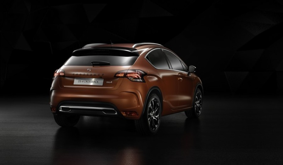 ds-4-crossback