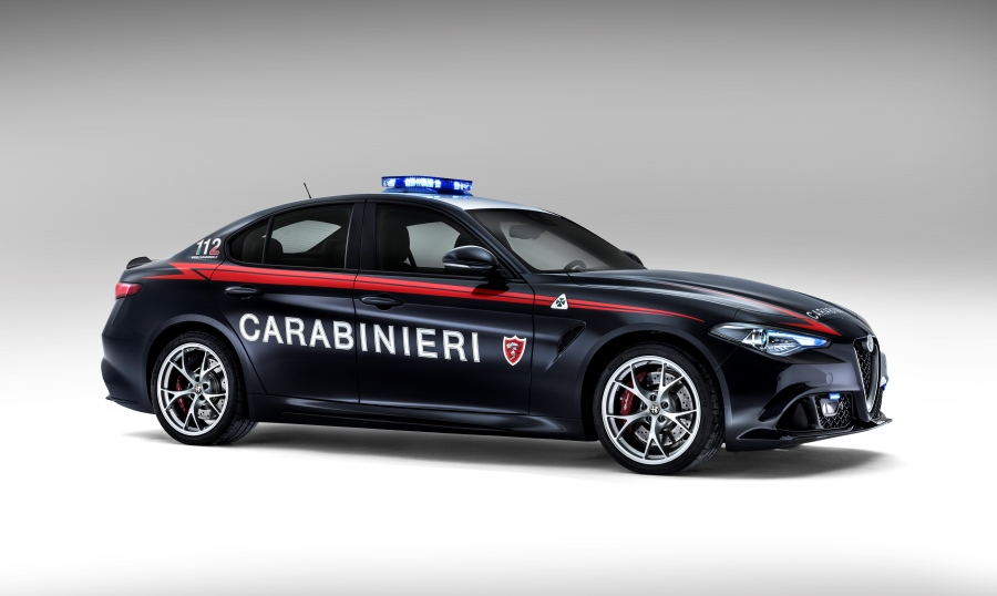 alfa-romeo-giulia-qv-carabinieri