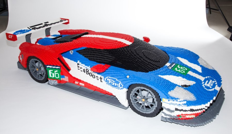 ford-gt-le-mans-lego