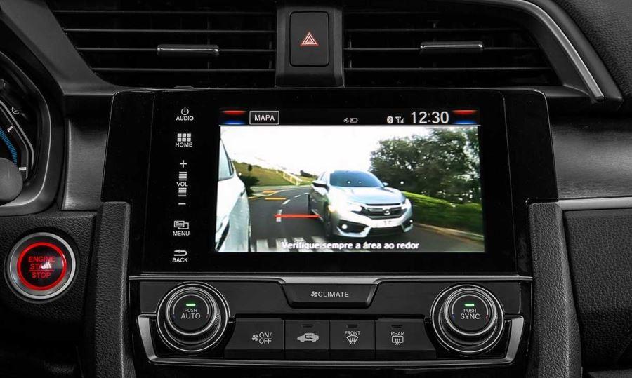 Honda-Civic-Touring-05