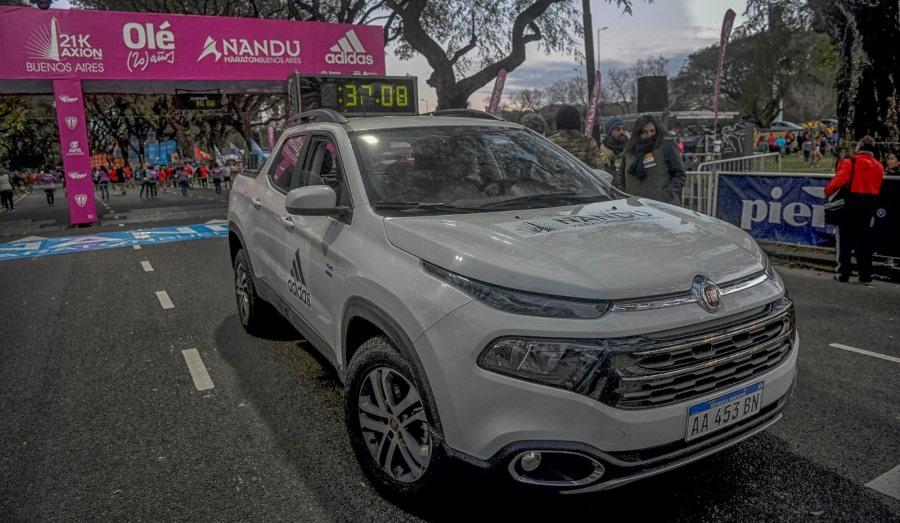 fiat-toro-argentina-maraton-21km-1