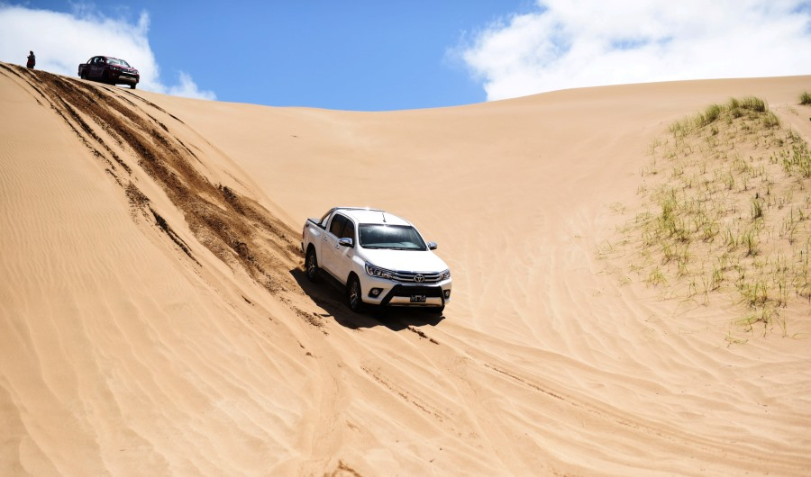 toyota-hilux-expedition-4x4