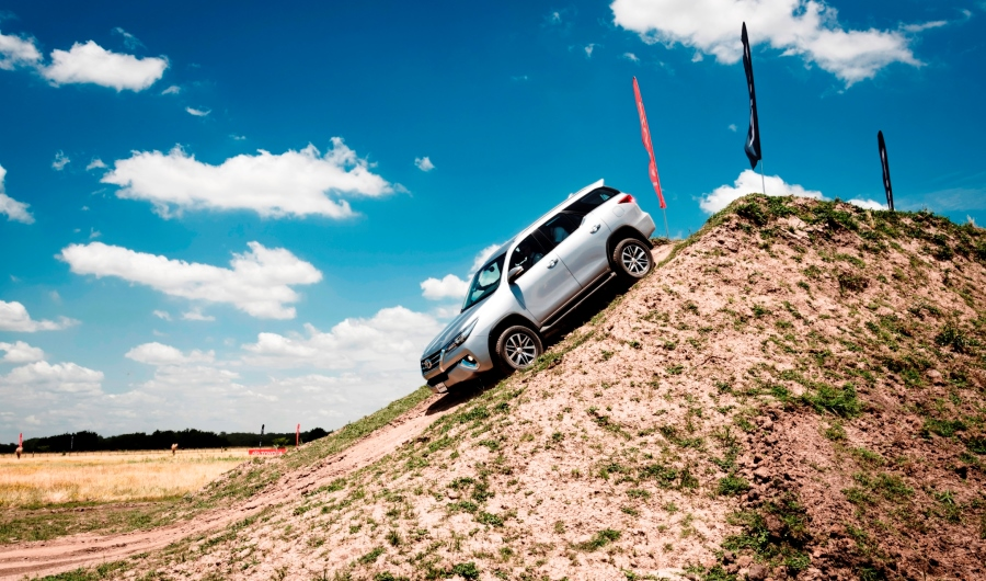 toyota-sw4-expedition-4x4