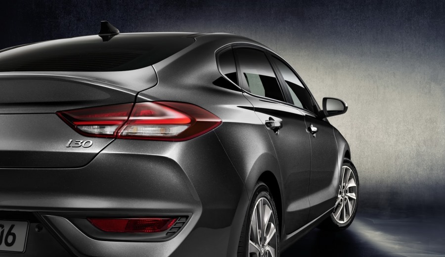 hyundai-i30-fastback-revealed-6