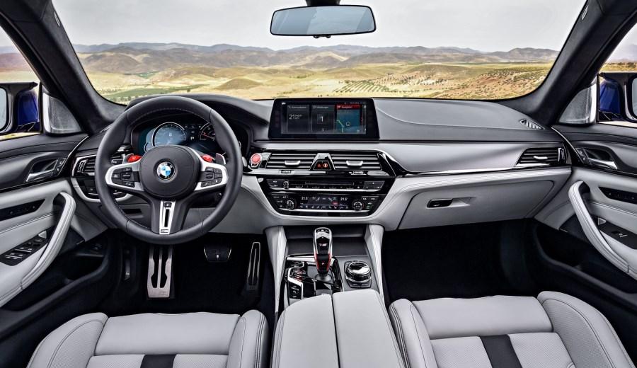 BMW-M5-25