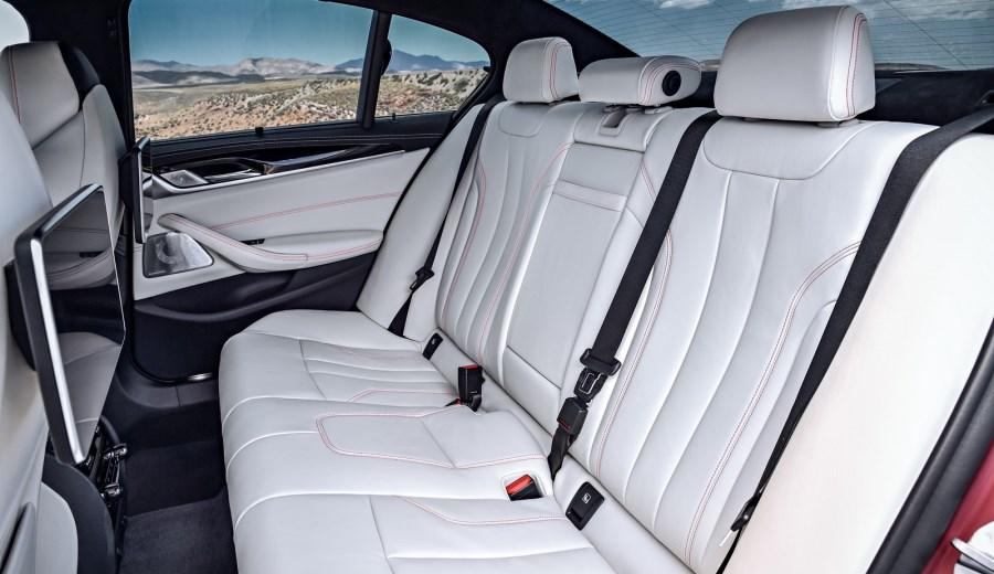 BMW-M5-64