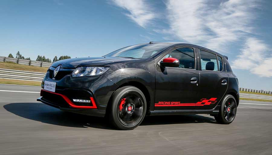 sandero-rs-racing-spirit-1