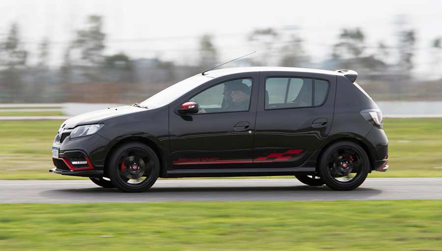 sandero-rs-racing-spirit-2